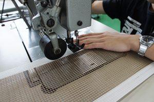 縫製加工中
